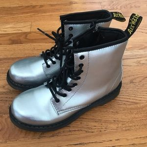 Dr Marten Girls Size 4 Silver Delaney Boots